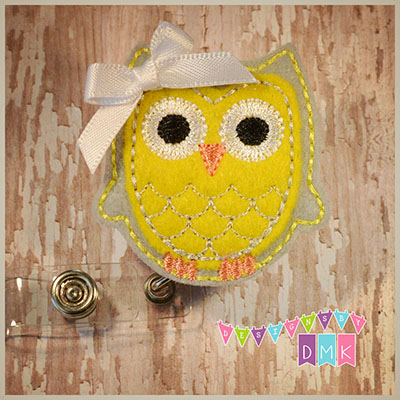 Owl - Grey & Yellow Felt Badge Reel