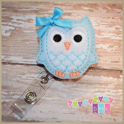 Owl - Light Blue & White Felt Badge Reel