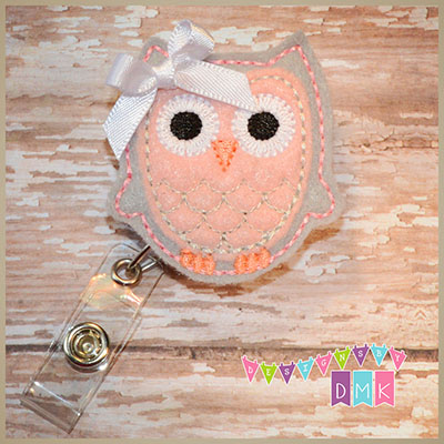 Owl - Grey & Light Pink Felt Badge Reel
